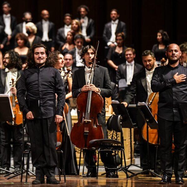 Daniel Giulianini on stage at Teatro Petruzzelli (Bari)