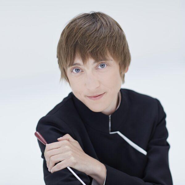 Ewa Strusinska, conductor