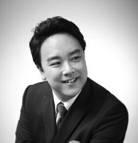 Ho-Yoon Chung, tenor
