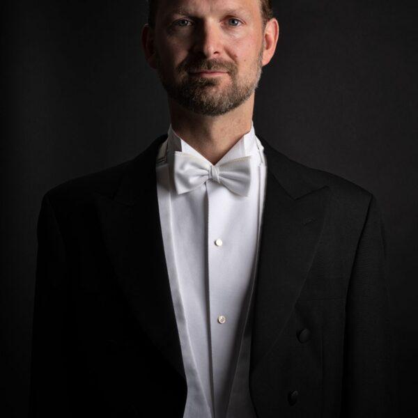 Magnus Loddgard, conductor