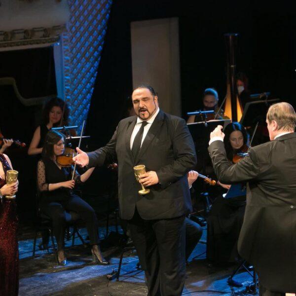 Kiril Manolov in Macbeth