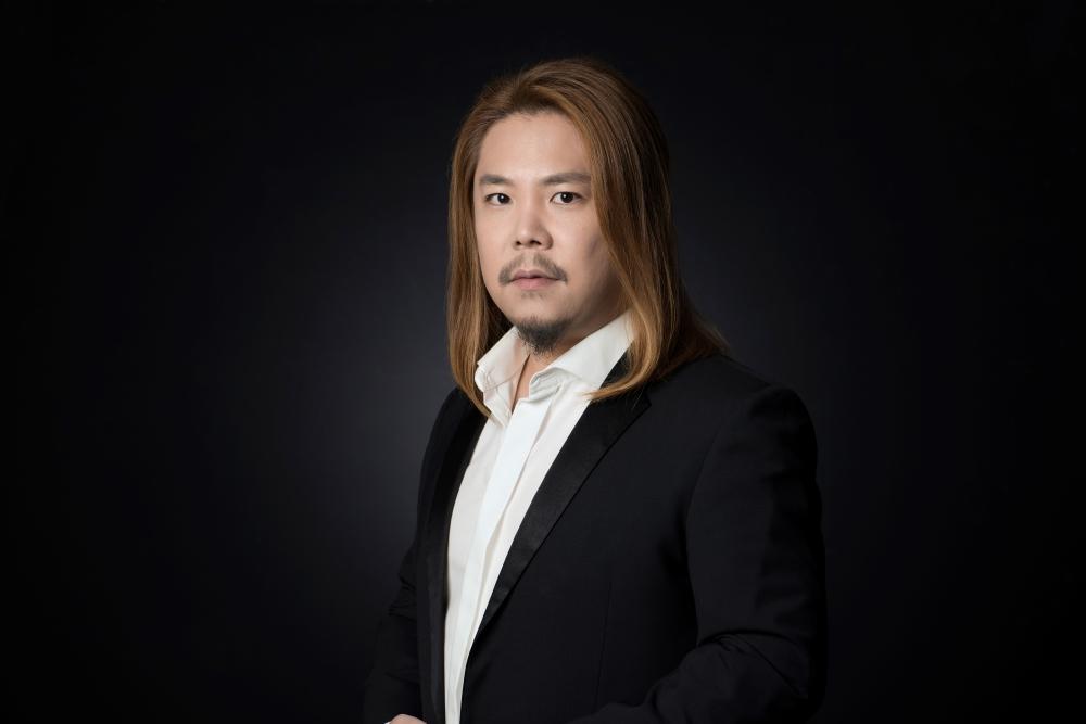 Hansung Yoo, baritone