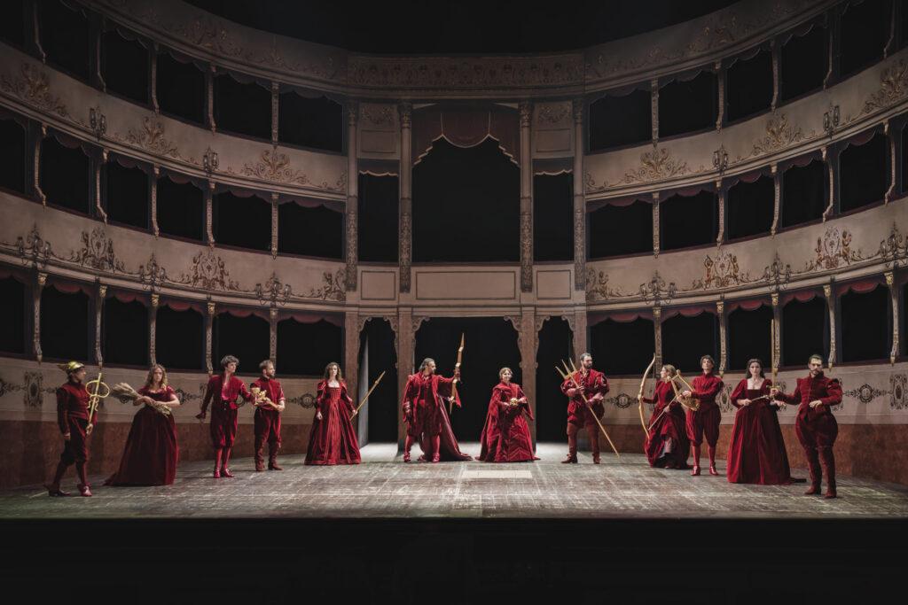 the stage and cast of Il ritorno di Ulisse in patria (2021)