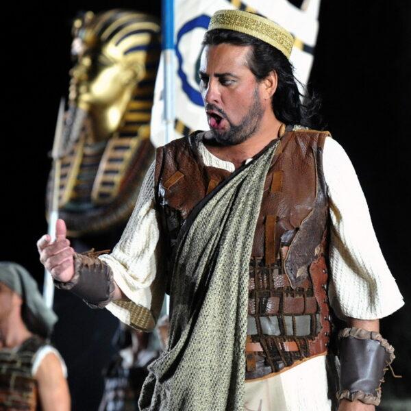 Marcelo Álvarez as Radames in Aida at Chorégies d'Orange